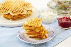 Sjømannskirken har servert vafler til nordmenn i utlandet i snart 150 år. Belgium Waffles, Baked Pancakes, Norwegian Food, Cake & Co, Dere, Snack Recipes, Snacks, Food For Thought, Baked Goods