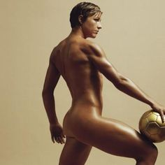Abby Wambach.   ♥. I would give worlds to look like this..time to hit the gym...GO USA!