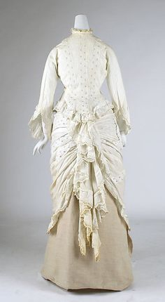 Morning dress (image 3) | American | 1875 | cotton | Metropolitan Museum of Art | Accession Number: 1975.138.4a, b