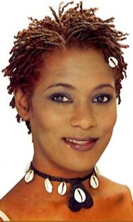 Baby locks femme - Locks Twists Tresses Salon I love this look.this is totally what I want! Dreadlock Hairstyles, Twist Hairstyles, Cool Hairstyles, African Hairstyles, Sisterlocks, Hair Styles 2016, Short Hair Styles, Dreads Short Hair, Beautiful Black Hair