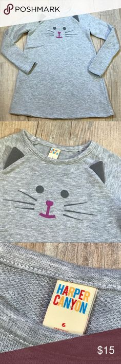 """Harper Canyon Kitty Top Harper Canyon, size 6, in VGUC for slight wash wear. Adorable kitty cat knit, lightweight sweatshirt material. Measures 23"""" long-I believe this is Tunic length. So soft and cozy! (6-18) Harper Canyon Shirts & Tops Sweatshirts & Hoodies"""