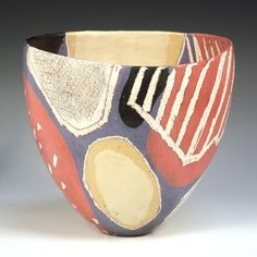 Carolyn Genders - 'Red, Gold and Purple', white earthenware open vessel with burnished terra sigillata slip and sgraffito, signed with initials to base, height approx Raku Pottery, Pottery Art, Pottery Studio, Contemporary Ceramics, Modern Ceramics, Ceramic Clay, Ceramic Plates, Keramik Design, Inside Design