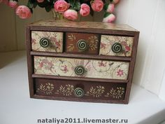 the swirly knobs go so well with the paper Decoupage Furniture, Decoupage Art, Painted Jewelry Boxes, Mini Scrapbook Albums, Craft Box, Casket, Keepsake Boxes, Vintage Wood, Make And Sell