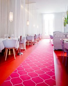 Pink + Red at Hotel DOM in the Netherlands. Someone should totally bring in the pink and the red to the office as well!