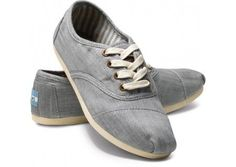 Shop Women's TOMS Blue size 10 Shoes at a discounted price at Poshmark. Description: TOMS lace up shoes in women's size Denim blue color. In great condition, slightly worn on soles. Lace Up Shoes, New Shoes, Me Too Shoes, Toms Sneakers, Chambray, Gray Toms, Nike Neon, Toms Outlet, Shoe Gallery