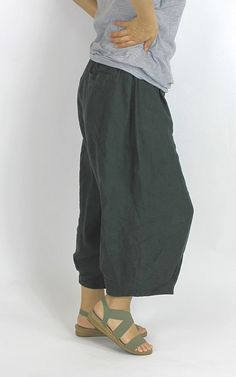 Harem Pants, Fashion, Moda, Harem Trousers, Fashion Styles, Harlem Pants, Fashion Illustrations