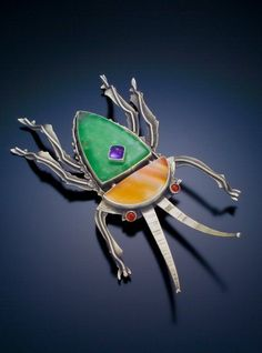 Jim Dunakin beetle brooch--Jeanie Pratt is the proud owner of this brooch! Horse Jewelry, Insect Jewelry, Bird Jewelry, Metal Jewelry, Jewelry Art, Jewelry Design, Custom Jewelry, Jewellery, Artisan Jewelry