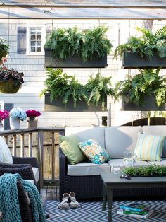 Sprucing Up An Outdoor Living Space For Spring