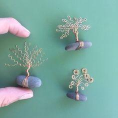 Wire Crafts, Rock Crafts, Metal Crafts, Jewelry Crafts, Diy And Crafts, Arts And Crafts, Wire Jewelry Designs, Handmade Wire Jewelry, Wire Wrapped Jewelry