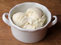 Cookistry: Rich French Vanilla Bean Ice Cream