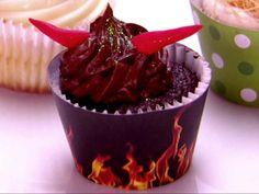 Remember when Weird Al Yankovic was on Cupcake Wars?