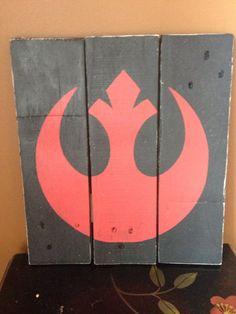 Star Wars Rebel Alliance Wood Sign von WhenHeNaps auf Etsy