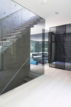 Glass walls. Very cool.     Beautiful Houses: Belvedere in Ontario