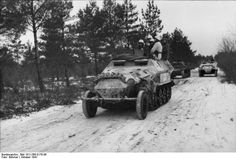SdKfz. 251 halftrack vehicles in snowy terrain, Russia, Oct 1941.