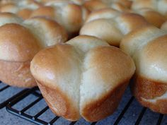Lick The Bowl Good: Yeast Rolls In About An Hour. No Really! These are good and easy. Like them better as big rolls (not the pull apart kind) makes 24 big rolls.