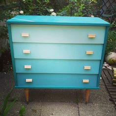 Commode adulte customisée bleue via LaRabota. Click on the image to see more!