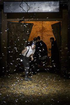 Festival d'Avignon 2015. Quel rapport entre le Richard III de Thomas Ostermeier et El Síndrome de Sergio Boris? Quelque chose qui tient aux corps des acteurs. @Christophe Raynaud de Lage. Une critique de René Solis pour Délibéré