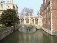 Cambridge Cambridge, Traveling, Articles, Mansions, House Styles, Life, Home Decor, Viajes, Decoration Home
