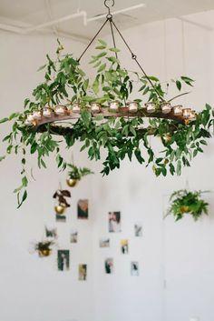 chandelier , bougie et décoration florale .....un beau mariage pour une décoration de fête ...