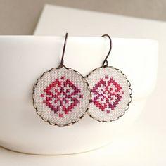 Cross stitch earrings Ethnic ornament in melange red by skrynka