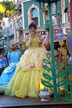 Belle [feat. Cinderella & Ms. Potts as a teapot] (Blowing A Kiss at Disney World) #BeautyAndTheBeast #Cinderella