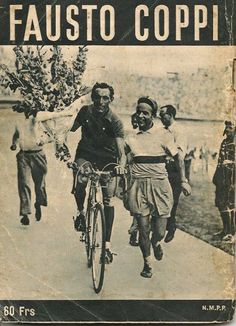 Fausto Coppi al giro d'onore. Old Bicycle, Bicycle Race, Old Bikes, Cycling Art, Road Cycling, Cycling Bikes, Atelier Theme, Cycling Magazine, Touring Bicycles