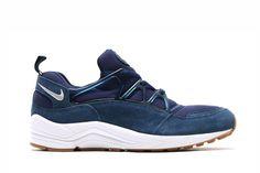 """Nike Huarache Light - """"Navy/Gum Side"""""""