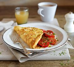 Try making this healthy omelette recipe for breakfast – it's packed full of protein to help you feel fuller for longer. Healthy Omelette, Omelette Recipe, Brunch Recipes, Breakfast Recipes, Breakfast Club, Uk Recipes, Breakfast Ideas, Asian Recipes, Cheese Recipes