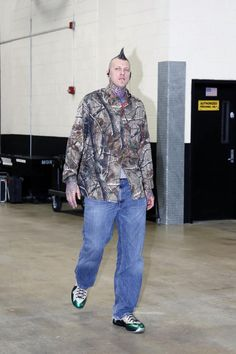 NBA Style    Birdman Anderson arrives for Game 5 in a NIKEiD LeBron X PS  Elite. d351923d2468