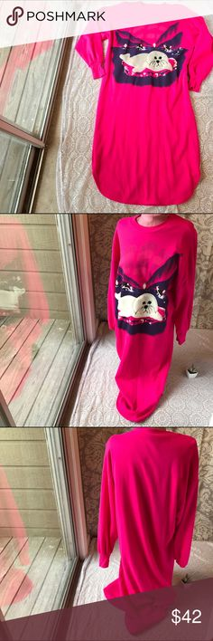 "Cozy Vintage Furry Seal & Orca Kitschy Night Gown Cozy Vintage Furry Baby Seal and Orca Whale Adult Magenta Kitschy Night Gown, Medium/Large.  Excellent condition, no flaws.  Sweatshirt like material with a gorgeous aquatic scene. Bust- 44, Hip- 46"", Length- 47"". Vintage Intimates & Sleepwear Pajamas"