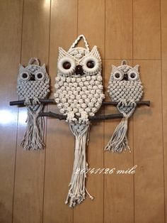 People who like this Macrame Wall Hanging Patterns, Macrame Plant Hangers, Macrame Patterns, Macrame Owl, Micro Macrame, Owl Patterns, Macrame Design, Paperclay, Macrame Projects