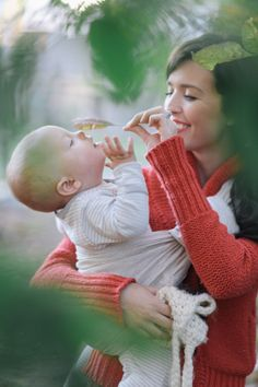 the sling diaries: sydney and everett babywearing delight! #sakurabloom