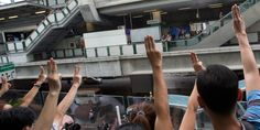 Protestors in Thailand Adopt Hunger Games Salute | Underwire | WIRED