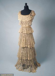 Augusta Auctions, March 2010 NYC, Lot 259: Ecru Lace Summer Wedding Gown, C. 1932