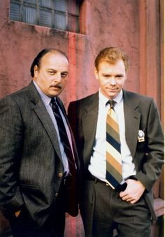 NYPD Blue (1993-2005) - Detective Andy Sipowicz (Dennis Franz) and Detective John Kelly (David Caruso)