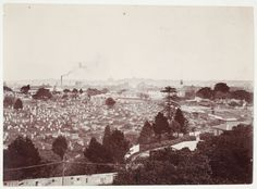 Devonshire Street Cemetery in Sydney (year unknown). Old Pictures, Old Photos, Sydney City, Surry Hills, Old Cemeteries, Historical Images, East Coast, Cemetery, Paris Skyline