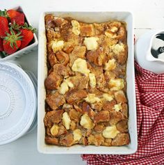 Challah French Toast Casserole, Brioche French Toast, French Toast Bake, Delicious Cake Recipes, Yummy Cakes, Overnight French Toast, Streusel Topping, Breakfast Recipes, Breakfast Ideas