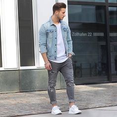 One of my fav outfits.  I got a cool present for you, follow me on snapchat:  louiboyparis _____  Denim jacket by @zara  Shirt by @hm Jeans by @zara  Shoes by @adidas_boost