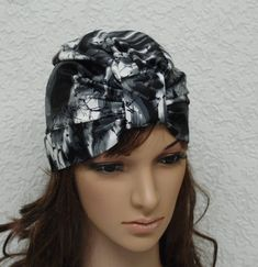 Women's turban, satin turban hat, stylish turban, summer hat for women, knotted turban, satin hat by accessoriesbyrita on Etsy