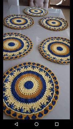 Crochet Placemats, Crochet Table Runner, Crochet Doilies, Crochet For Kids, Crochet Top, Crochet Designs, Crochet Patterns, Crochet Projects, Embroidery Designs