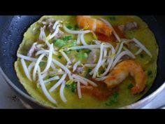 How to make Vietnamese Crepe - Banh xeo