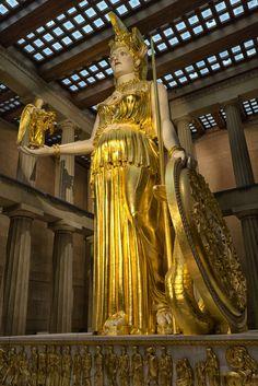Minerva Goddess, Athena Goddess Of Wisdom, Greek History, Ancient History, Women In History, Ancient Greek Architecture, Baroque Architecture, Ancient Greek Art, Ancient Greece