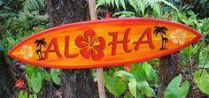 Festa Havaiana, Luau or Hawaian party Surf Vintage, Surfboard Table, Hawaian Party, Aloha Friday, Hawaiian Theme, Aloha Hawaii, Tiki Hawaii, Theme Days, Camping Activities