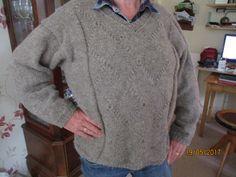 Een heerlijk warme trui voor Jan gebreid van Steinbach Schafwolle. hij vindt hem zo heerlijk warm dat ik er nog één heb gebreid, voorjaar 2017