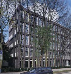 Edificio per uffici Basler Versicherung, Cologne, 1997 - Oswald Mathias Ungers