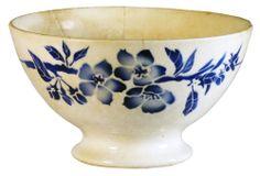 Bol ancien fleurs et feuillages bleus