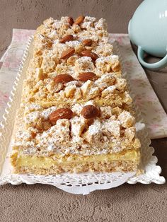 atégorie : gateaux algeriens (32)  Tags : Castel Sweet Pastries, French Pastries, Sweet Recipes, Cake Recipes, Snack Recipes, Algerian Recipes, Desserts With Biscuits, Healthy Cake, Almond Cakes