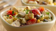 Dinner ready in just 25 minutes! Try this chicken ranch pasta salad made using Betty Crocker® Suddenly Salad® ranch and bacon salad mix. Throw in Southwestern flavors with corn.