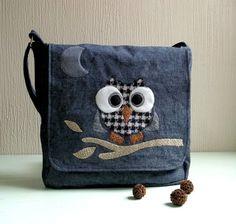 Rocko. Messenger bag. Flecked blue denim Owl par CheriDemeter2