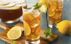 Confira 20 receitas de chás gelados bem diferentes para você se refrescar e manter seu corpo hidratado até mesmo nos dias mais quentes do ano.